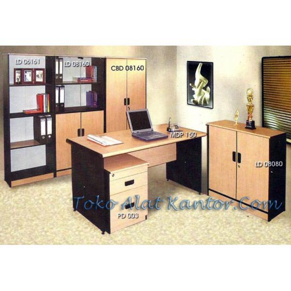 Meja Kantor Daiko MD 150
